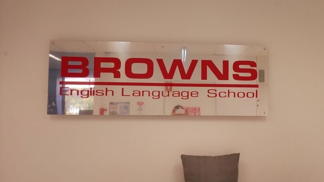 ブラウンズインリッシュランゲージスクール ゴールドコースト校