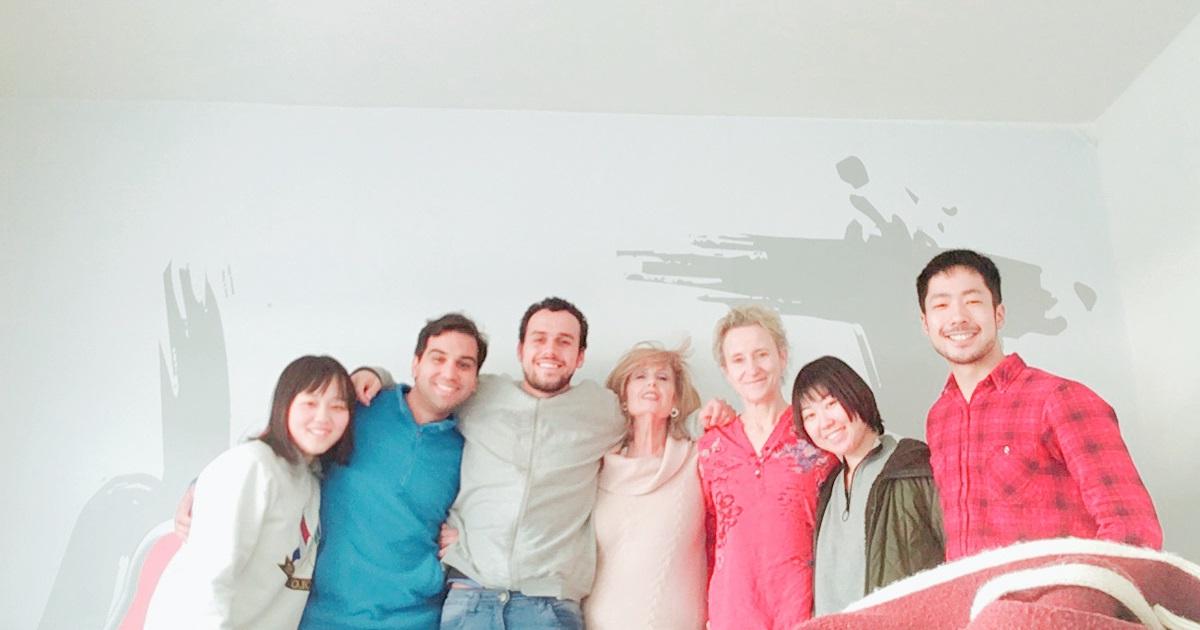 同世代の海外の友達を作れる!学生寮滞在留学の5つのメリット
