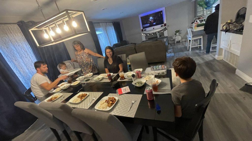 ホームステイ宅でのディナーおいしかった♡(高校生ロサンゼルス留学)